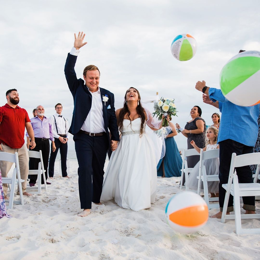 Young couple married on beach in Gulf Shores AL