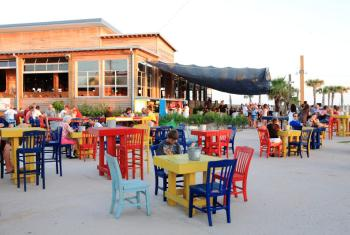 outdoor dining at the hangout Gulf Shores AL