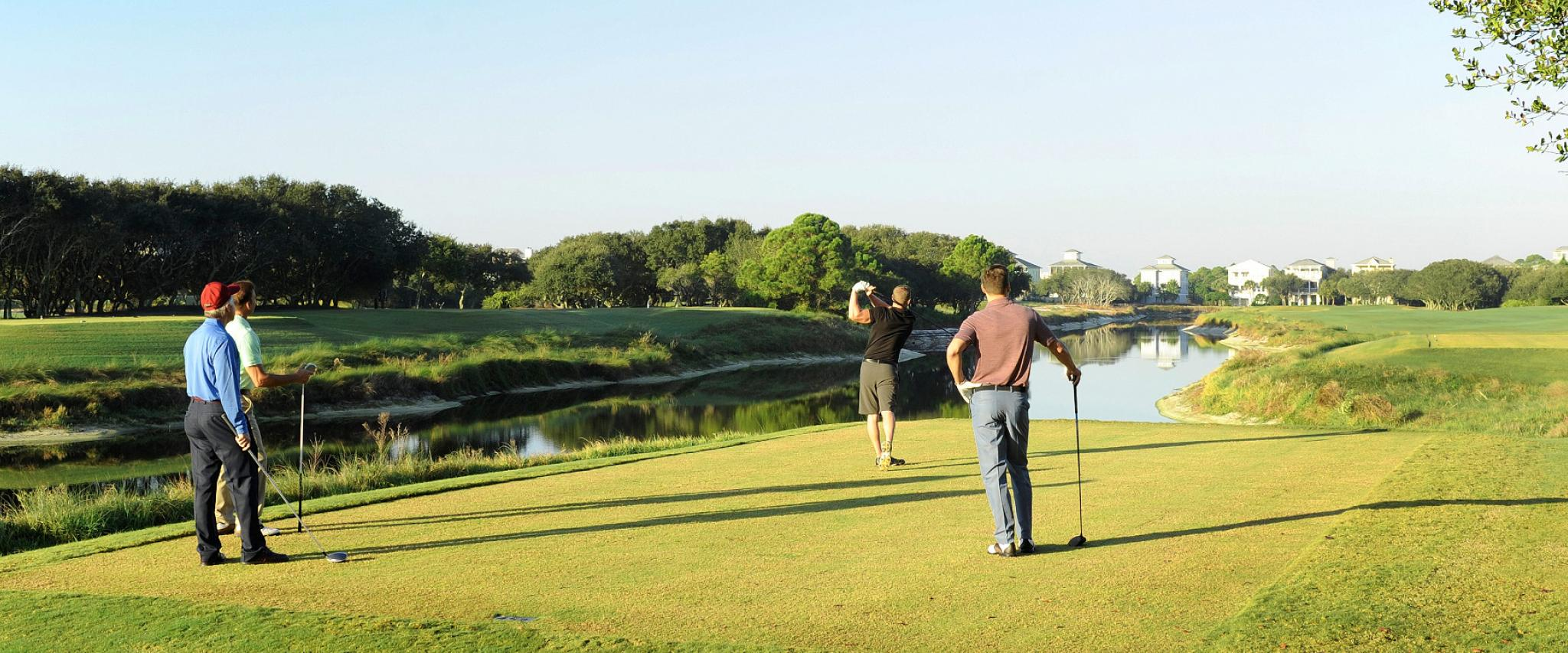 Golfers play on Alabama Gulf Coast golf courses