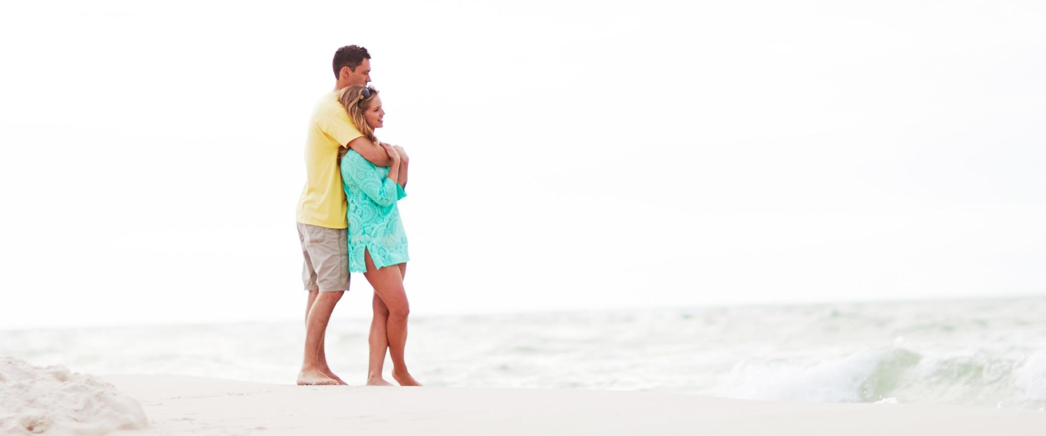 Couple on Alabama's white sand beaches