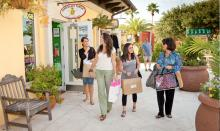 San Roc Cay Shopping